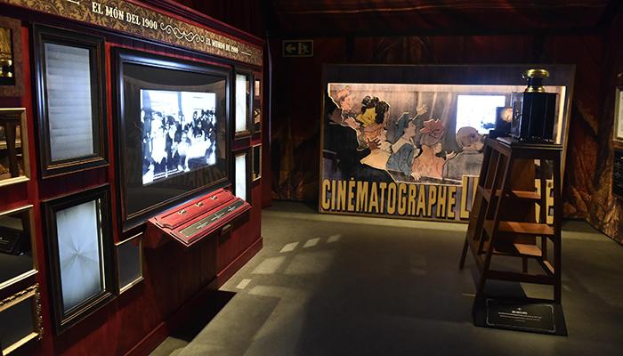 """La Fundación """"la Caixa"""" y el Ayuntamiento de Cuenca abren Empieza el espectáculo. Georges Méliès y el cine de 1900"""