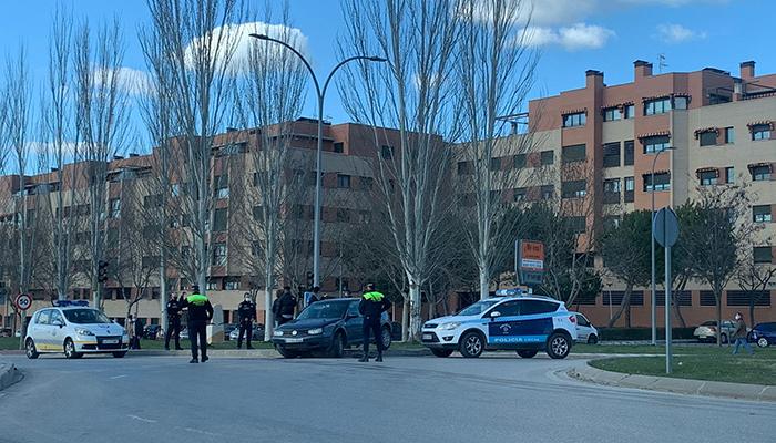 La Policía Local de Cuenca desalojó en San Mateo hasta en cinco ocasiones botellones en la muralla del Parque del Huécar, zona de El Sargal y explanadas de Antonio Maura