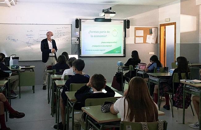 Eurocaja Rural ofrece charlas formativas con motivo del 'Día de la Educación Financiera'